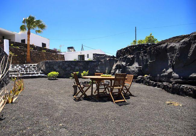 Apartamento en Macher - Casa Peñas Blancas, Piscina-Jameo en el Volcán