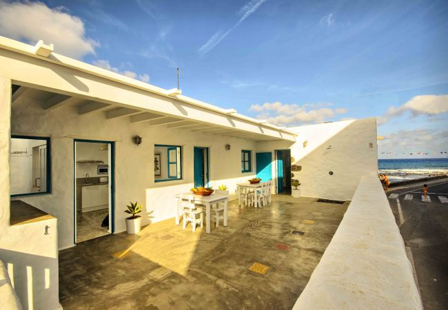 Apartment in Punta Mujeres - La Casa de las Salinas, 3 pax the fisherman cottage