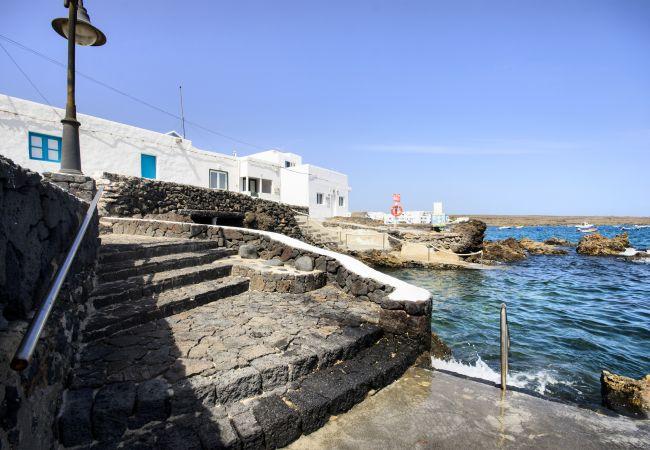 Apartment in Punta Mujeres - La Casa de las Salinas, 3 pax the fisherman cottage