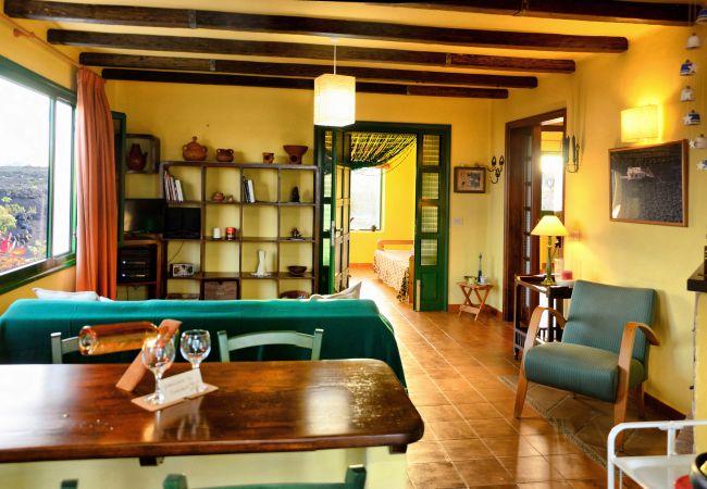 House in Tías - Eco Finca Alcairón, volcan, vino y relax
