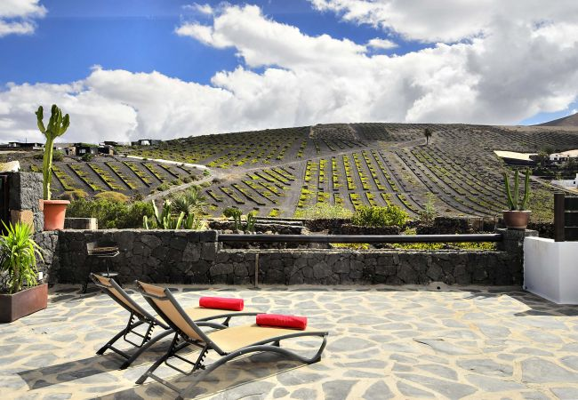 Apartment in Masdache - Casa Amaia II, Your very own retreat to La Geria