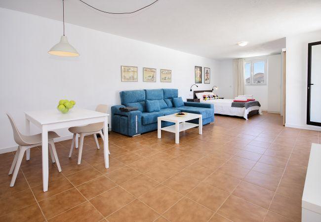 Apartment in Macher - Casa Peñas Blancas, Jameo style Pool within Volcanoes